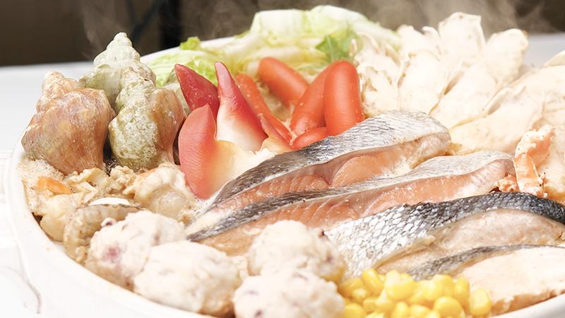 タラバガニ、秋鮭が入っています