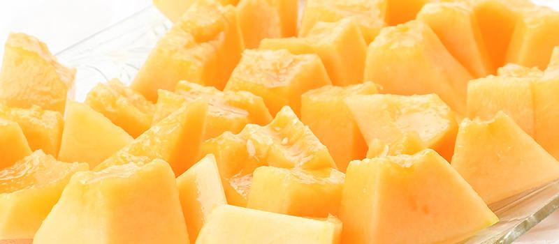 とろける果肉からメロンの甘みが溢れだす